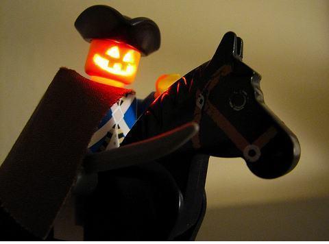 lego_headless-horseman1.jpg