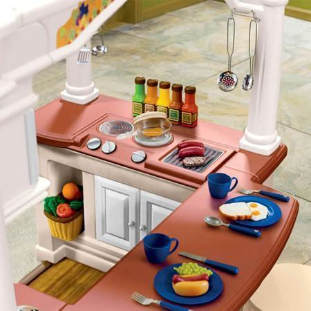 grand_walk-in_kitchen02.jpg
