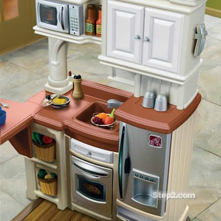 grand_walk-in_kitchen03.jpg