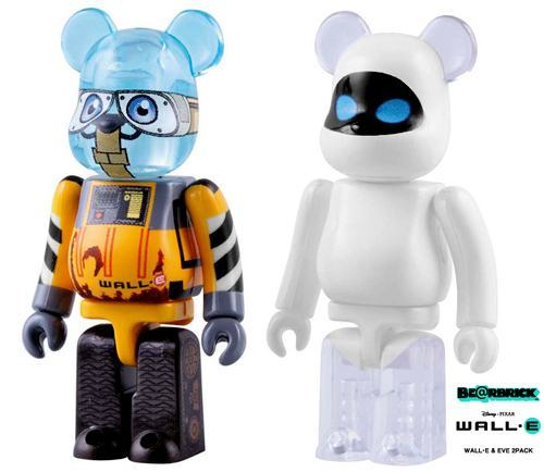 bearbrick-wall-e