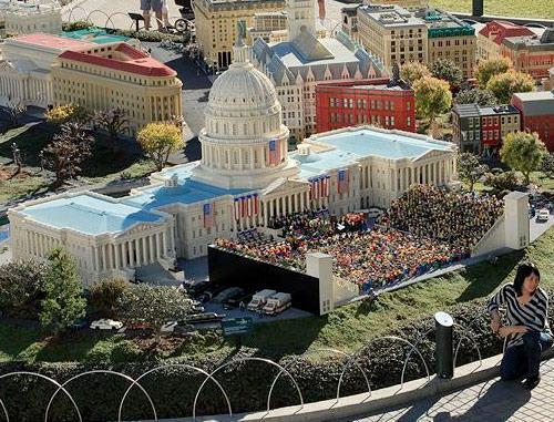 lego-obama-inauguration-04