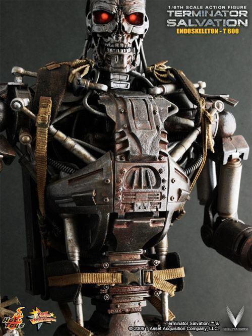 hot-toys-terminator-t600-04