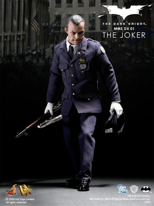 hot-toys-joker-police-final-06