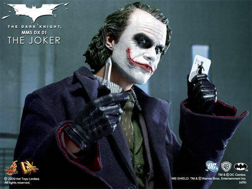 hot-toys-joker-police-final-11
