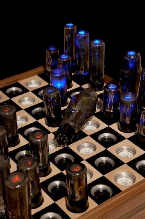 Chess-Set-for-Tesla-02