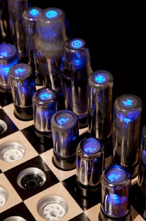 Chess-Set-for-Tesla-03
