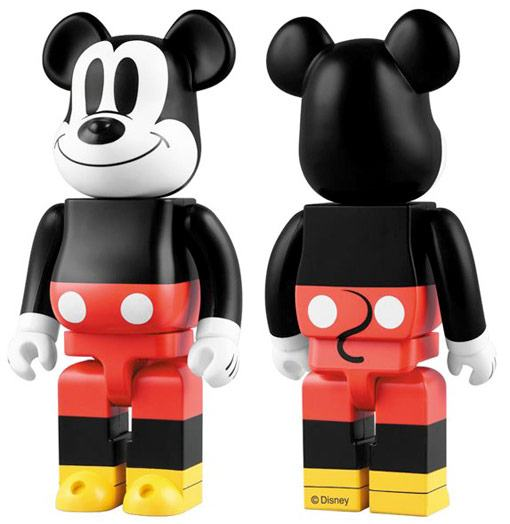 bearbrick-gigante-mickey-mouse
