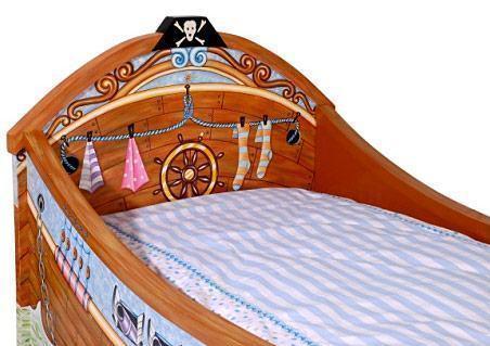 lil-buccaneer-bed-03