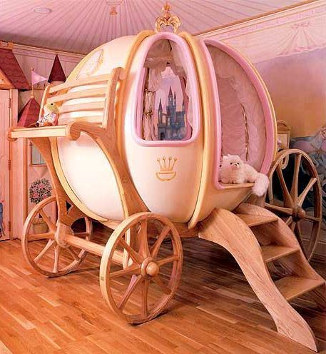 Fantasy-Coach-Bed-01