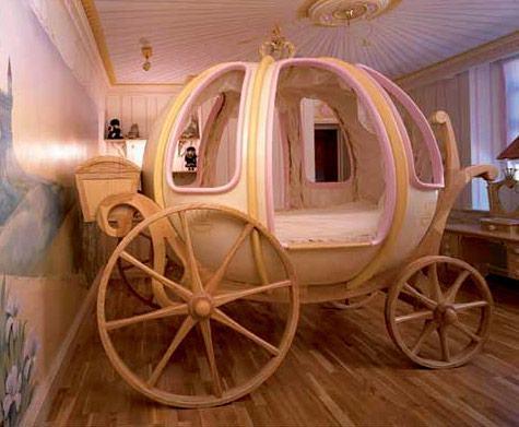 Fantasy-Coach-Bed-03