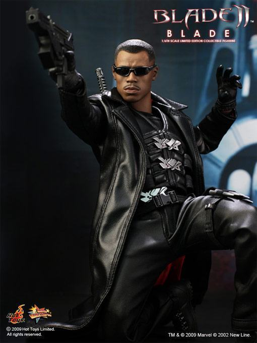 Hot-Toys-Blade-II-01