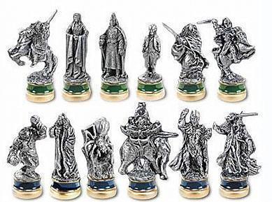 Lord-of-the-Rings-Collectors-Chess-2