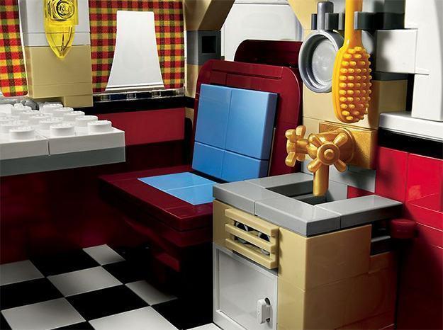 _LEGO-10220-Volkswagen-T1-Camper-Van-07