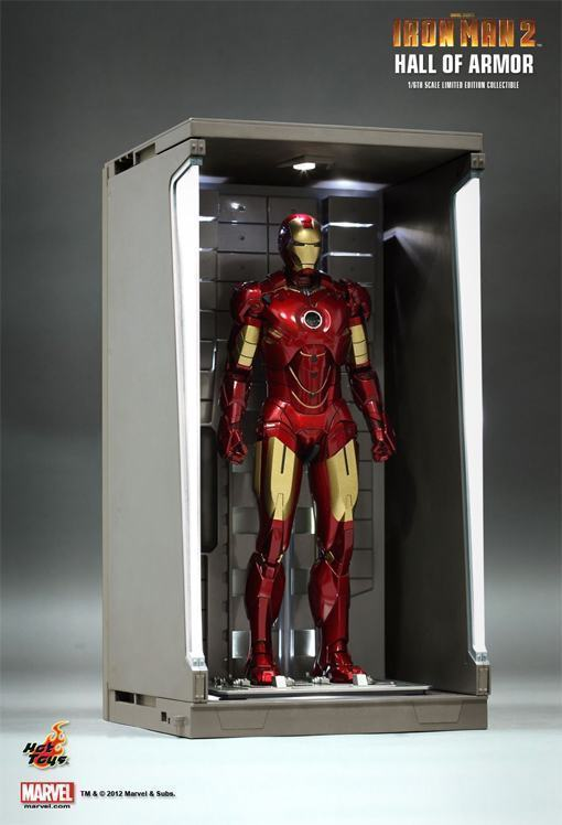Hot-Toys-Iron-Man-2-Hall-of-Armor-04