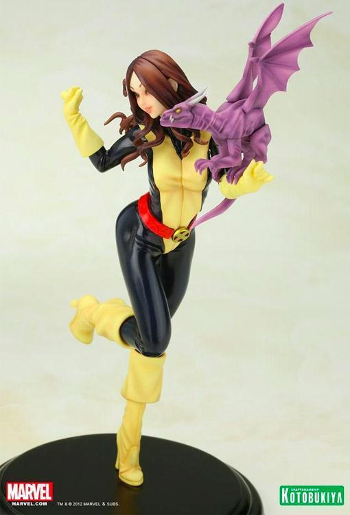Kitty-Pryde-Marvel-Bishoujo-Statue-03