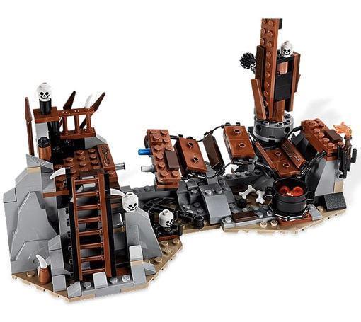 LEGO-Hobbit-Goblin-King-03