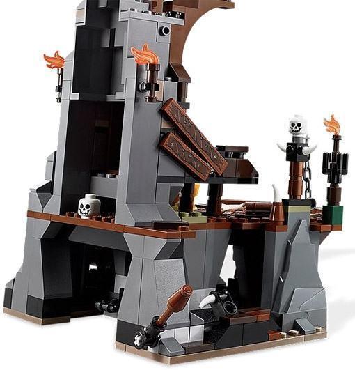 LEGO-Hobbit-Goblin-King-04