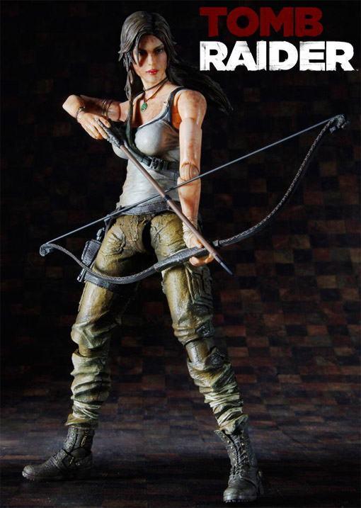 Lara-Croft-Play-Arts-Kai-Figure-02