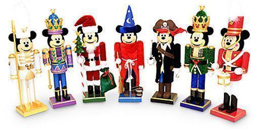 Mickey-Mouse-Nutcrackers-02