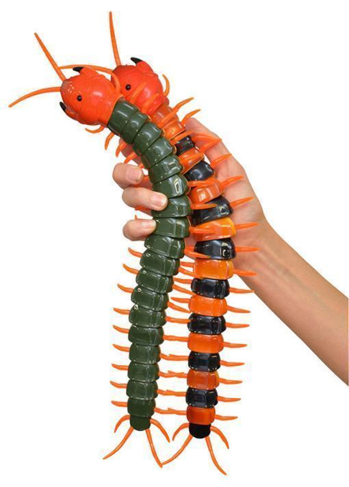 Creepy-Crawly-Remote-Control-Centipede-03