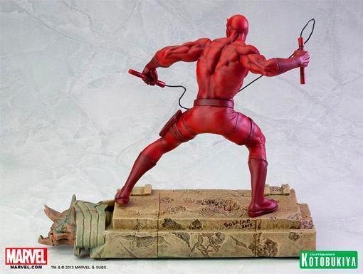 Daredevil-Demolidor-Fine-Art-Statue-05