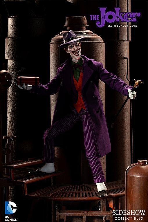Joker-Sideshow-Action-Figure-03