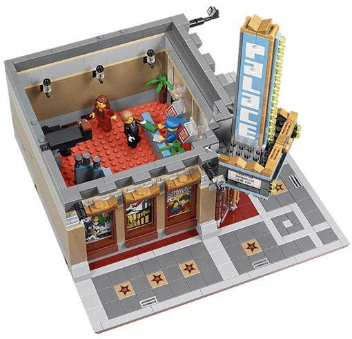 LEGO-10232-Palace-Cinema-02