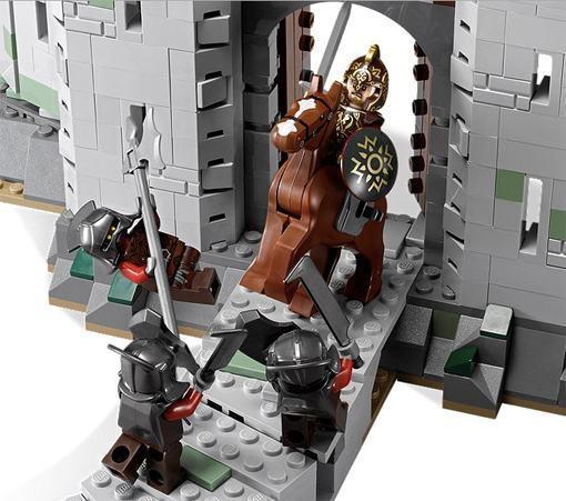 LEGO-Battle-of-Helms-Deep-06