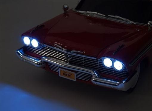 Replicas-1958-Plymouth-Fury-Christine-Stephen-King-Die-Cast-07