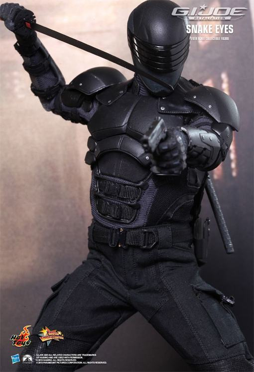 Snake-Eyes-GI-Joe-Retaliation-Hot-Toys-05