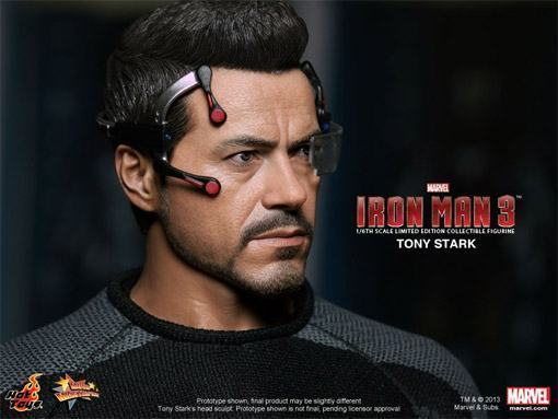 Tony-Stark-Figure-Iron-Man-3-HT-05