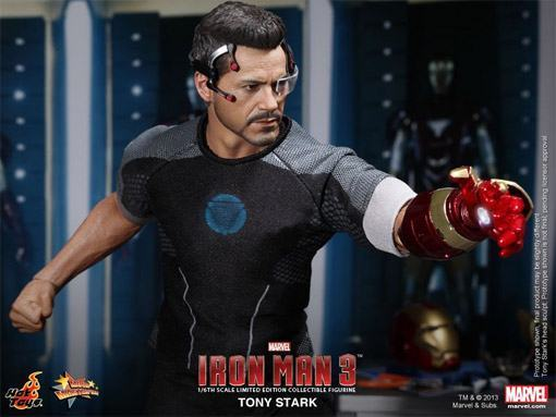 Tony-Stark-Figure-Iron-Man-3-HT-08