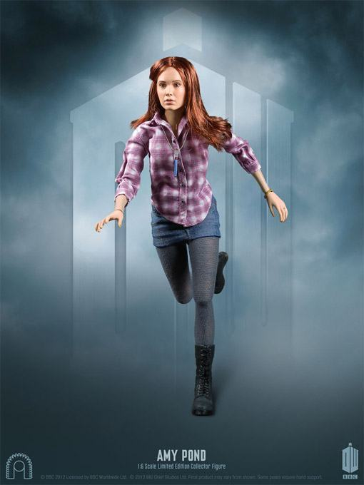 Amy-Pond-Doctor-Who-Collector-Figure-03