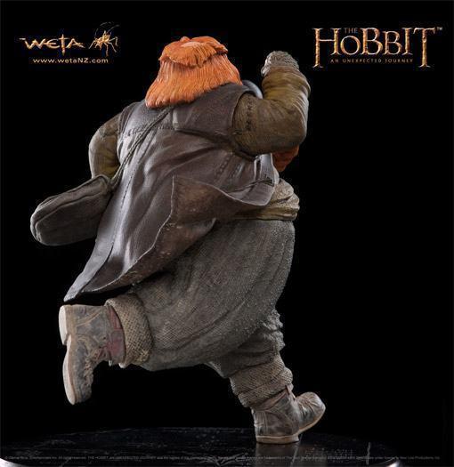 Bombur-The-Dwarf-Hobbit-Weta-Statue-04