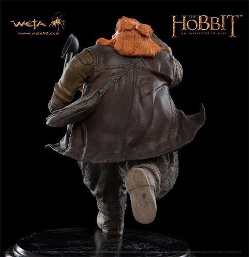 Bombur-The-Dwarf-Hobbit-Weta-Statue-05