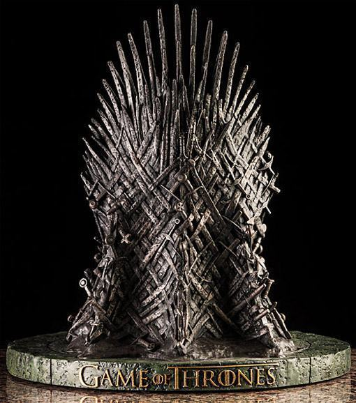 Game-of-Thrones-Iron-Throne-Replica-Statue-02