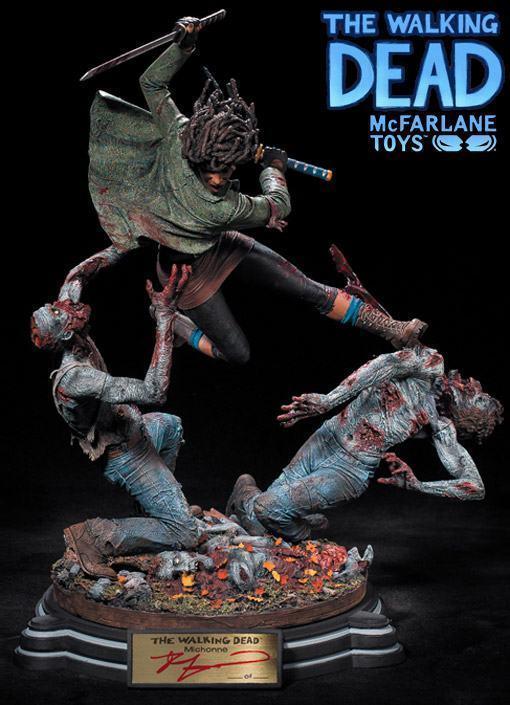 McFarlane-Michonne-Resin-Statue-01