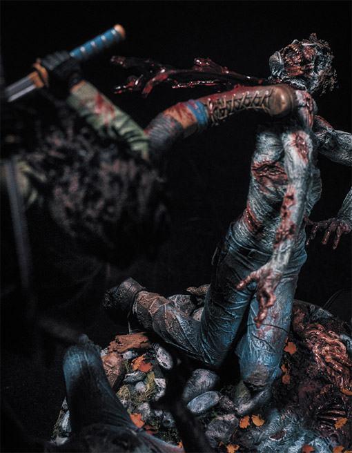 McFarlane-Michonne-Resin-Statue-04