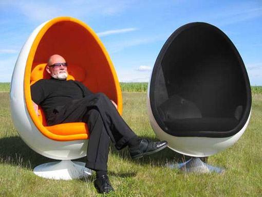 Ovalia-Egg-Chair-e-Henrik-Thor-Larsen-08