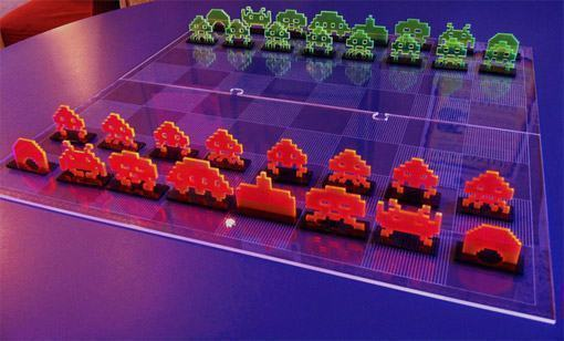 Space-Invaders-Chess-Set-Laser-Cut-02