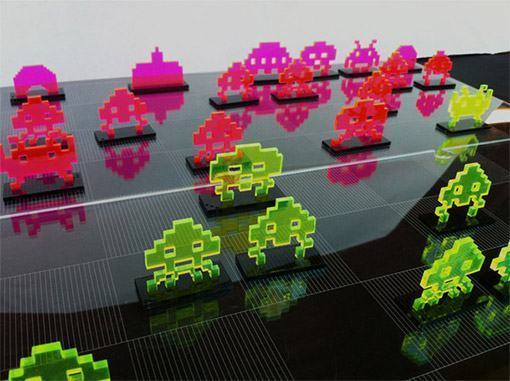 Space-Invaders-Chess-Set-Laser-Cut-03