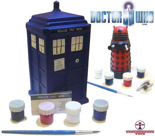 Doctor-Who-Paint-Your-Own-Ceramic-Bank-Cofres-01