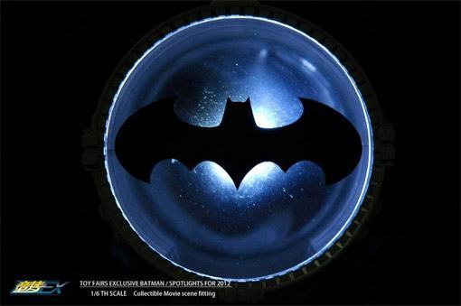 Dream-EX-Bat-Spotlight-Bat-Signal-03