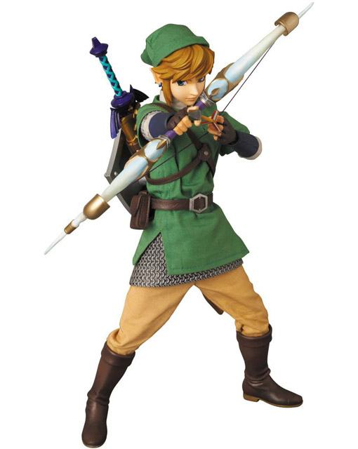 Link-RAH-The-Legend-of-Zelda-Action-Figure-03