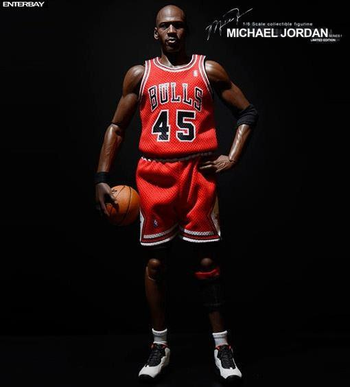 Real-Masterpiece-Michael-Jordan-Im-Back-01