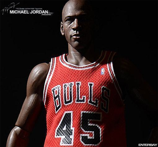 Real-Masterpiece-Michael-Jordan-Im-Back-01a
