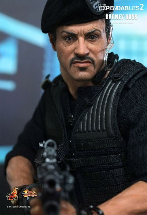 The-Expendables-2-Barney-Ross-Hot-Toys-03