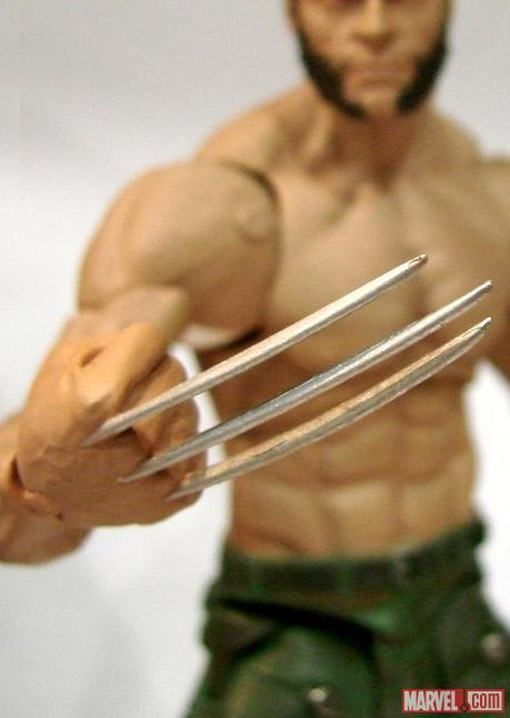 The-Wolverine-Marvel-Select-03