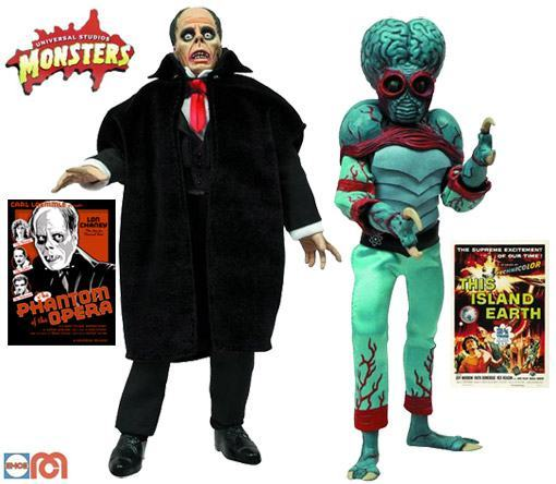 Universal-Monsters-Retro-Cloth-Series-Four-01