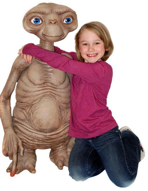 ET-Stunt-Puppet-Prop-Replica-03